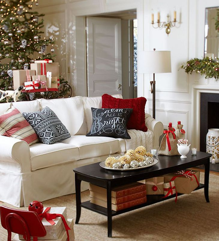 eyekonn.com-superb-christmas-living-room-decor-pinterest-for-small-white-couch-rectangle-black-wooden-table-christmas-tree-decoration-brige-color-rug.jpg